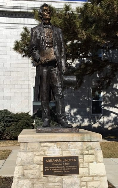 Abraham Lincoln Statue - Leavenworth, KS