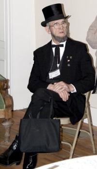 Eugene Sliter as Abraham Lincoln