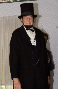 Roger Vincent as Abraham Lincoln