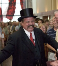 Ted Zalewski as Teddy Roosevelt